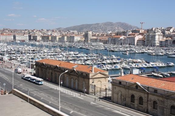 Marseillen keskustaa hallitsee Vieux Port, kreikkalaisten 600 eaa perustama satama.